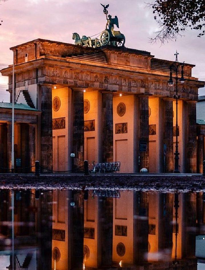 Get to know more aboutThe Grand Brandenburg Gate