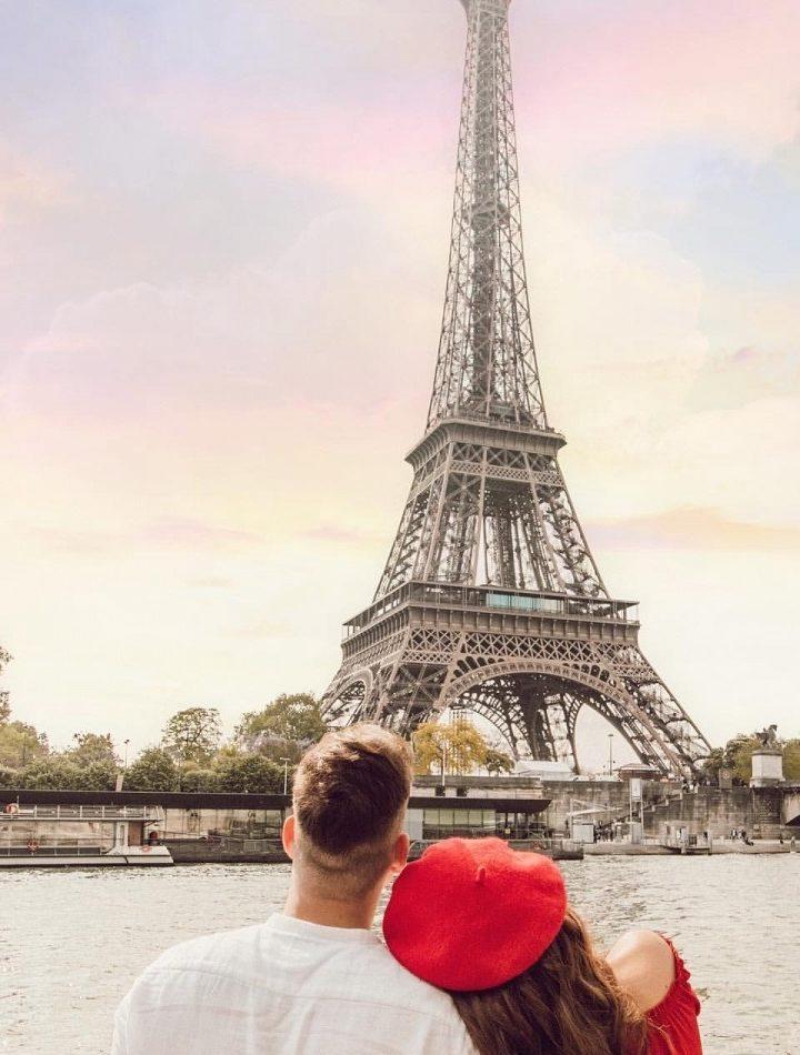 5 Reasons To Visit Eiffel Tower, Paris