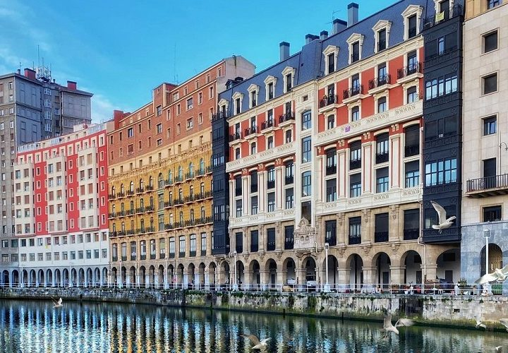 Discover The Top-Rated Vibrant Attractions Of Bilbao, Spain